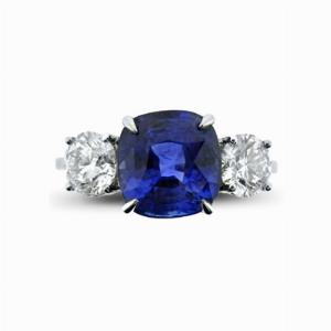 Sapphire & Diamond Three Stone Ring - 3.00ct